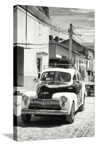 Cuba Fuerte Collection B&W - Classic Car Taxi-Philippe Hugonnard-Stretched Canvas Print