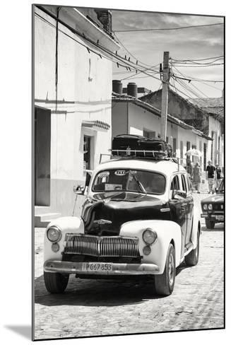 Cuba Fuerte Collection B&W - Classic Car Taxi-Philippe Hugonnard-Mounted Photographic Print