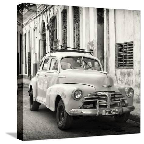 Cuba Fuerte Collection SQ BW - Old Chevrolet in Havana-Philippe Hugonnard-Stretched Canvas Print