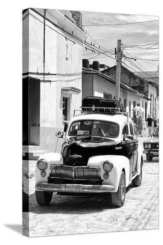 Cuba Fuerte Collection B&W - Classic Car Taxi II-Philippe Hugonnard-Stretched Canvas Print
