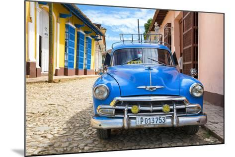 Cuba Fuerte Collection - Cuban Classic Car-Philippe Hugonnard-Mounted Photographic Print