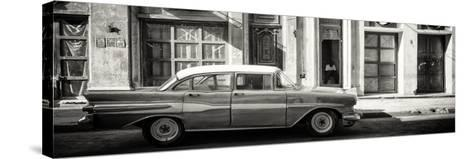 Cuba Fuerte Collection Panoramic BW - Old Car in Havana-Philippe Hugonnard-Stretched Canvas Print