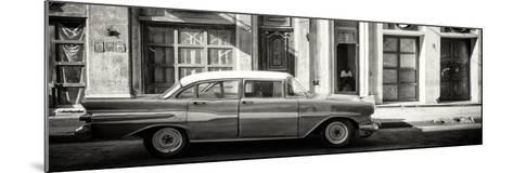 Cuba Fuerte Collection Panoramic BW - Old Car in Havana-Philippe Hugonnard-Mounted Photographic Print
