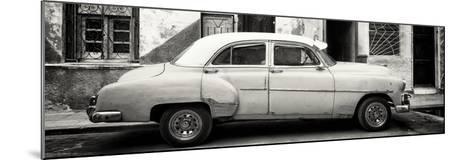 Cuba Fuerte Collection Panoramic BW - Havana's Vintage Car-Philippe Hugonnard-Mounted Photographic Print
