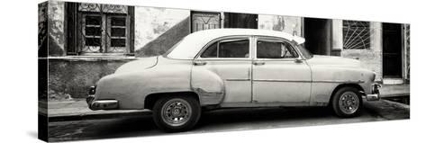 Cuba Fuerte Collection Panoramic BW - Havana's Vintage Car-Philippe Hugonnard-Stretched Canvas Print