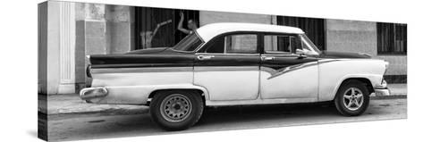Cuba Fuerte Collection Panoramic BW - American Classic Car in Havana II-Philippe Hugonnard-Stretched Canvas Print