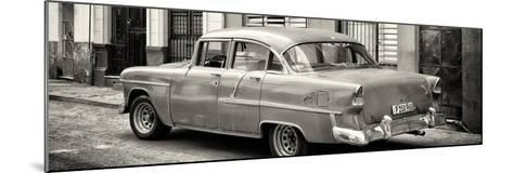 Cuba Fuerte Collection Panoramic BW - Cuban Classic Car in Havana III-Philippe Hugonnard-Mounted Photographic Print