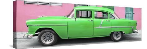 Cuba Fuerte Collection Panoramic - Classic American Green Car in Havana-Philippe Hugonnard-Stretched Canvas Print
