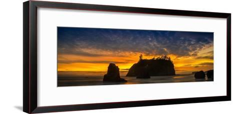 Ruby Beach Olympic National Park-Steve Gadomski-Framed Art Print