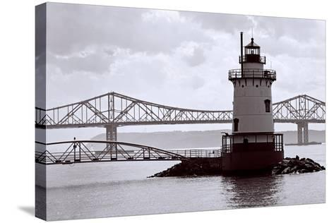 Lighthouse on The Hudson, Tarrytown, New York-George Oze-Stretched Canvas Print