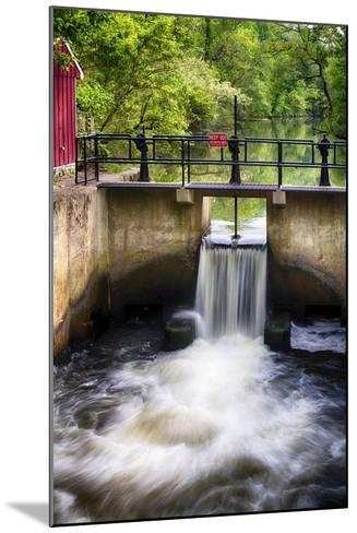 D & R Canal Lock, New Jersey-George Oze-Mounted Photographic Print