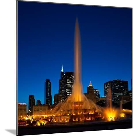 Buckingham Fountain Nightlight Chicago-Steve Gadomski-Mounted Photographic Print
