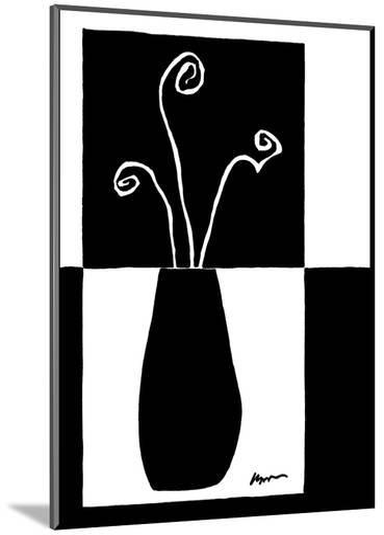 Small Minimalist Flower II-Jennifer Goldberger-Mounted Art Print