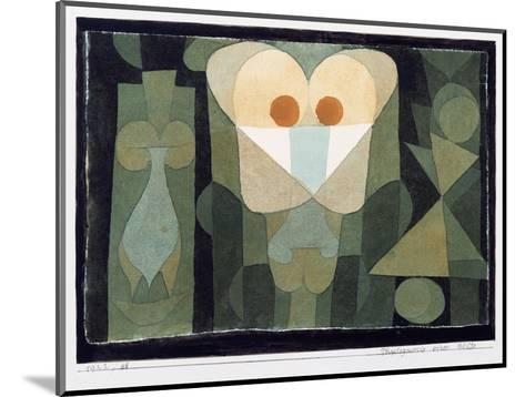The Physiognomy of a Blossom, 1922-Paul Klee-Mounted Giclee Print