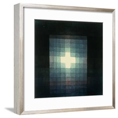 Christliches grabmahl-kreuzbild-Paul Klee-Framed Art Print
