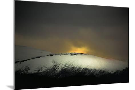 Highland Dawn-Valda Bailey-Mounted Photographic Print