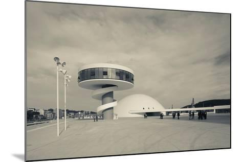 Tourists at The Oscar Niemeyer International Cultural Centre--Mounted Photographic Print