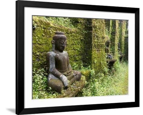 Buddha statues at Koe Thaung temple built by King Min Taik Kha, Mrauk U, Rakhine State, Myanmar--Framed Art Print