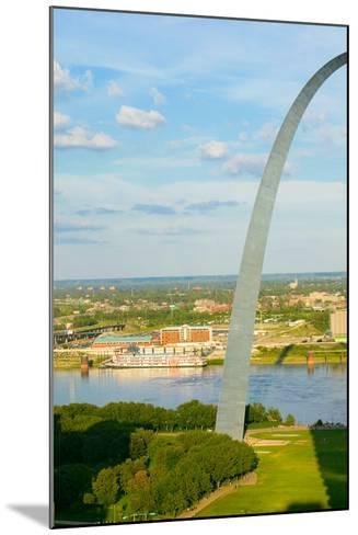 """One half view of Gateway Arch and the Mississippi River, St. Louis, Missouri, the """"Gateway to th...--Mounted Photographic Print"""