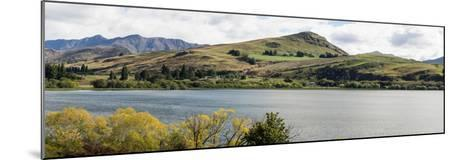 Scenic view of Lake Hayes near Arrowtown, Queenstown Lakes District, Central Otago, Otago Region...--Mounted Photographic Print