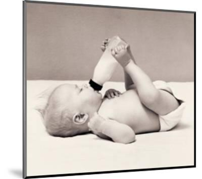 Thirsty Baby-H^ Armstrong Roberts-Mounted Art Print