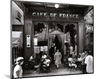 Café de France-Willy Ronis-Mounted Art Print