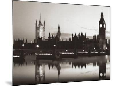 Big Ben and the Houses of Parliament-Pawel Libra-Mounted Art Print