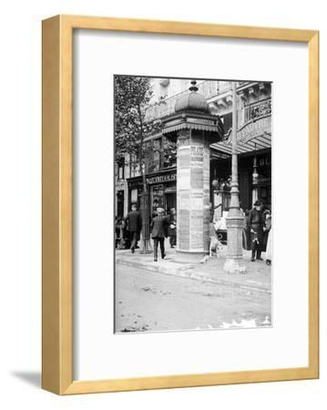 De Passy a Raspail en Metro, 1914-Mireille Havet-Framed Art Print