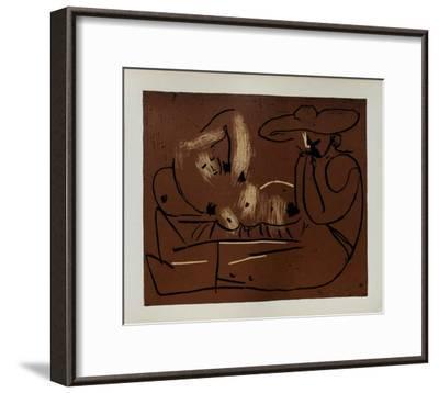 LC - Femme couchée et homme au grand chapeau-Pablo Picasso-Framed Premium Edition