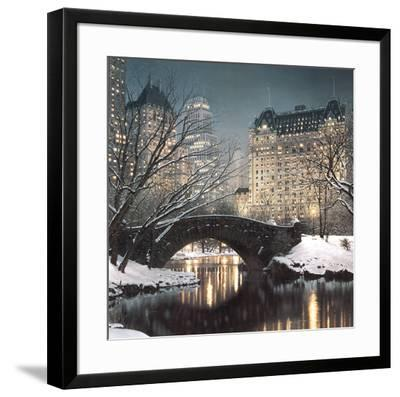 Twilight in Central Park-Rod Chase-Framed Art Print