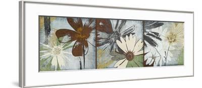 Bouquet d'Amour-Robert Lacie-Framed Art Print