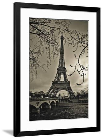 Curves of Eiffel-Sabri Irmak-Framed Art Print