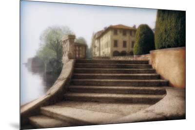 Villa Largo di Como-Tim Wampler-Mounted Art Print