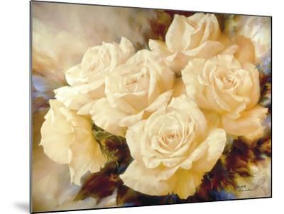 Champagne Roses-Igor Levashov-Mounted Art Print