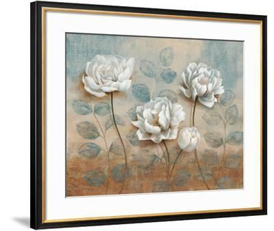 Summer Embrace I-Nan-Framed Art Print