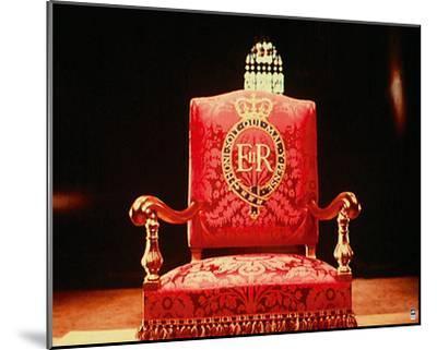 Coronation Throne, 1953-British Pathe-Mounted Giclee Print