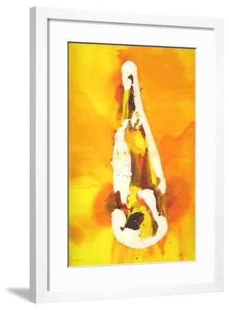 Flasche auf orangem Hintergrund-Melanie Richter-Framed Limited Edition