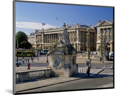 Fountain Place Concorde Paris--Mounted Art Print
