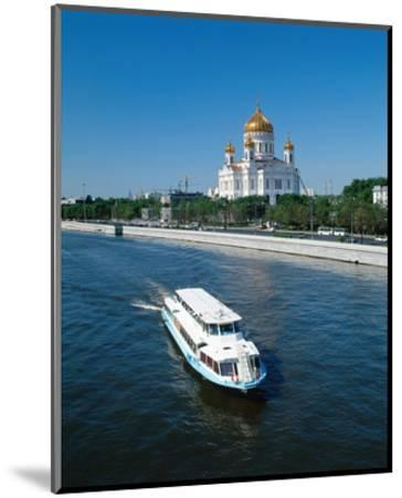Cathedral of Christ the Saviour on the bank of Moskva River, Moscow, Russia--Mounted Art Print