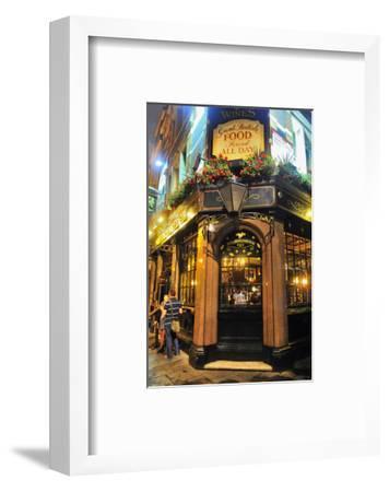 Nicholson Pub, London, South of England, United Kingdom of Great Britain--Framed Art Print