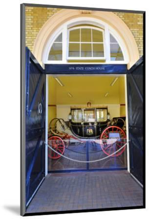 Carriage at the Royal Mews, Buckingham Palace, London, South of England--Mounted Art Print