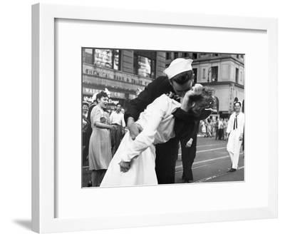 Kissing the War Goodbye in Times Square, 1945, I-Victor Jorgensen-Framed Art Print