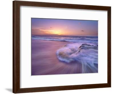 Sandy beach at sunset, Oahu, Hawaii-Tim Fitzharris-Framed Art Print