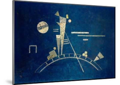 Fragile, 1931-Wassily Kandinsky-Mounted Giclee Print
