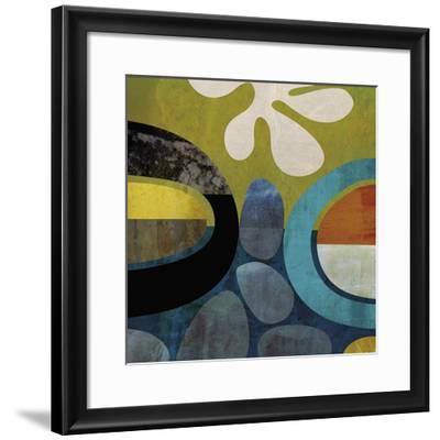 Mod Look 2-Yuko Lau-Framed Giclee Print