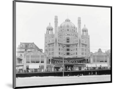 Atlantic City's Marlborough-Blenheim Hotel, ca. 1908-Vintage Photography-Mounted Art Print