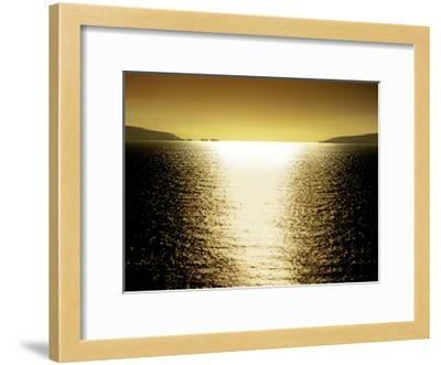 Sunlight Reflection - Golden-Maggie Olsen-Framed Giclee Print