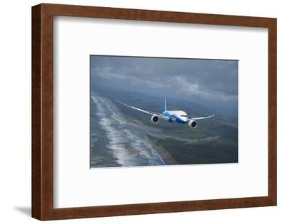 Boeing 787 Dreamliner--Framed Art Print