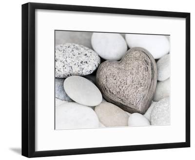 Stone Heart-Lebens Art-Framed Art Print