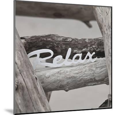 Relax At The Beach - Square-Lebens Art-Mounted Art Print